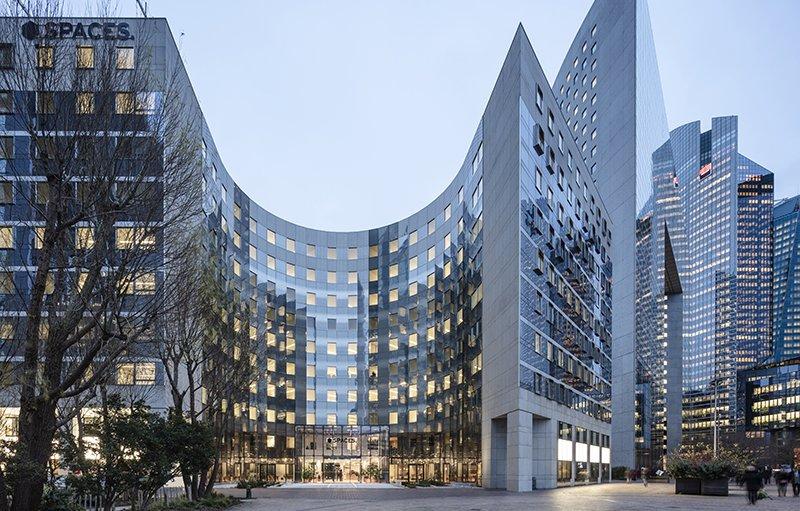 Le projet du mois - Nouvel immeuble de coworking, Le Belvédère, à La Défense - Restructuration, par l'agence Axel Schoenert architectes, d'un bâtiment construit en 1997