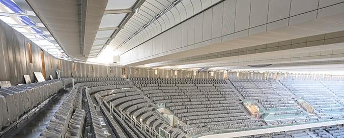 SERGE FERRARI - Un toit rétractable à Roland-Garros - Avec le revêtement translucide et imperméable en Flexlight TX 30