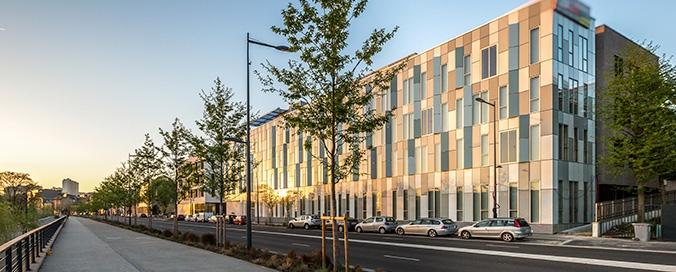 STO - Green Office en Seine, Meudon (92) - Bureaux à énergie positive qui allient élégance et performance