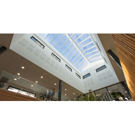 VELUX - Verrières modulaires au design unique - Projets tertiaire, hôtellerie ...