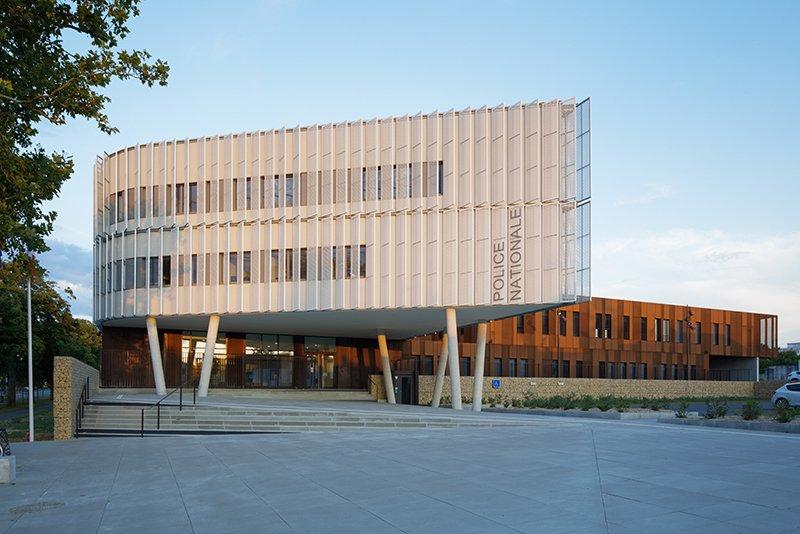 Le projet du mois - Nouvel Hôtel de Police à la Rochelle (17) - Une réalisation de l'agence Ameller Dubois et Associés
